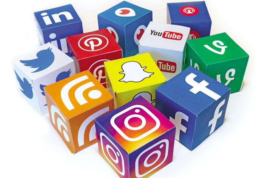 Truyền thông mạng xã hội Social Media